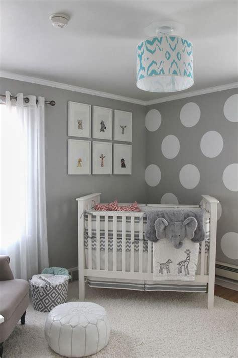 baby im schlafzimmer der eltern ideen die besten 25 neutrale babyzimmer ideen auf