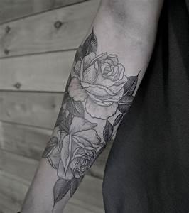 Tatouage Avant Bras Femme : photo tatouage rose avant bras ~ Melissatoandfro.com Idées de Décoration