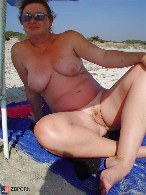 Beach Voyeur Teenager Bare Public Mature Swimsuit