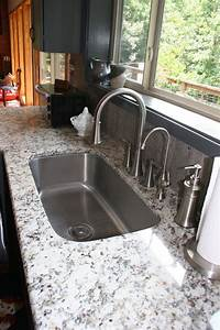 Danbury Style with Oyster Glaze Kitchen - Prince & Sons, Inc