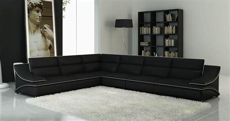 canapé noir et blanc but deco in canape d angle cuir design noir et blanc