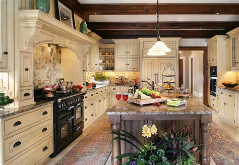 Kitchen Ideas : The Enduring Style Of The Traditional Kitchen