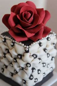 red rose mini cake Cute and or Pink Pinterest