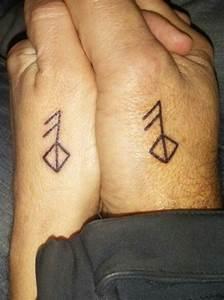 Tatouage Chouette Signification : 1001 id es pour le tatouage viking et quelle est sa ~ Melissatoandfro.com Idées de Décoration