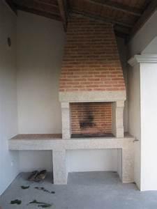 Cheminée En Brique : barbecue en granit et briques artisanales chemin e en vend e jl champain ~ Farleysfitness.com Idées de Décoration