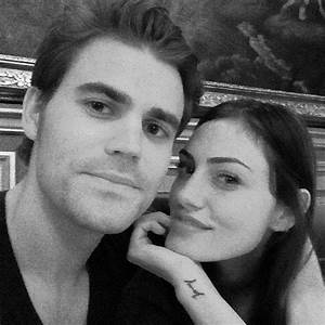 Cute Pictures of Phoebe Tonkin and Paul Wesley Together ...