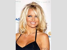 [PIC] Pamela Anderson's Face Unrecognizable In Shocking