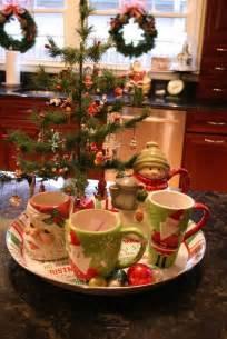 best 25 christmas kitchen decorations ideas on pinterest christmas kitchen kitchen xmas
