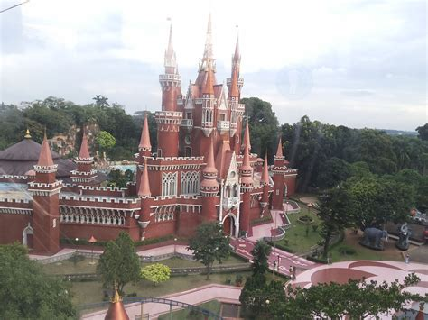 istana boneka taman mini indonesia indah tmii trip