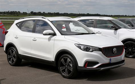 It has a 105kw/353nm electric motor teamed. MG ZS (2017) - Wikipedia