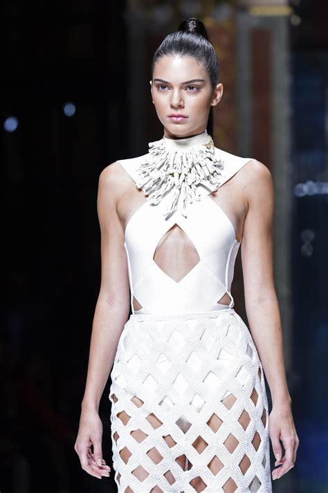 paris fashion week  kendall jenner gigi hadid