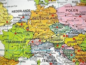 Weltkarte Auf Pinnwand : weltkarte deutsch pinnwand ca135x96cm 110056p ebay ~ Markanthonyermac.com Haus und Dekorationen