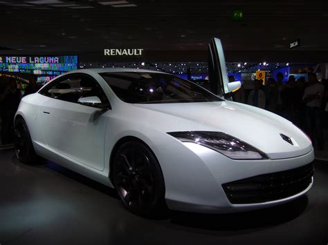 Filerenault Laguna Coupe Concept Front Wikimedia