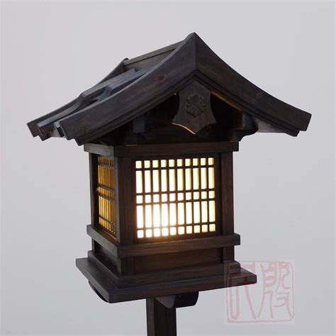 Japanese Wooden Lantern, Outdoor (WL2) ? Eastern Classics