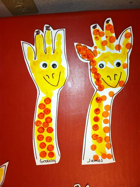 simple art projects for preschoolers giraffe handpint i painted the students arm and 820
