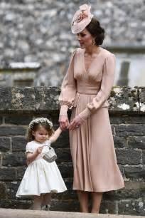robe de mariã e kate middleton here 39 s what kate middleton wore to pippa middleton 39 s wedding e news