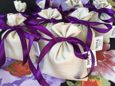 Dāvana kāzu viesiem. Satīna Lavandas maisiņš ar ...