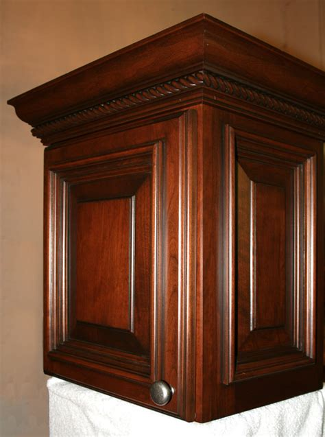molding for cabinets install crown molding kitchen cabinets kitchen design photos