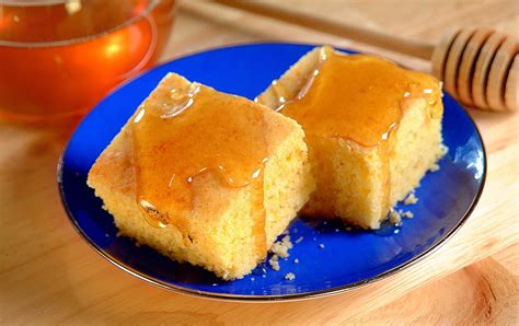 Baked into either skillet cornbread or squares. Yellow Grits Cornbread Recipe - Yellow Grits Cornbread ...