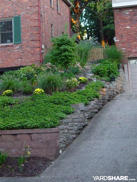 front yard slope landscaping 31 original landscape ideas for sloped front yards izvipi com
