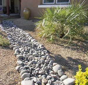 Backyard Design Utah Apache Brown Rock Gravel 5 8 Quot With Arizona River Rock