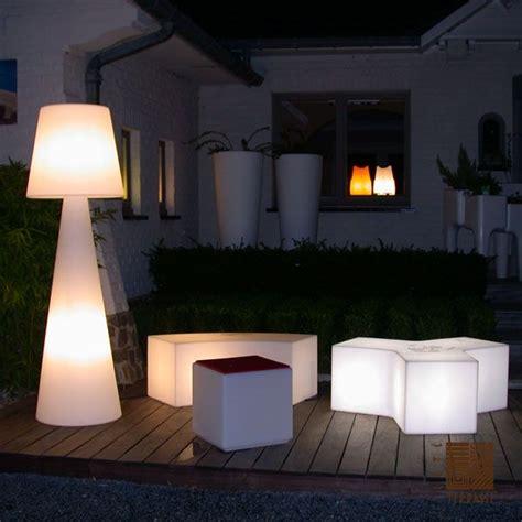 Luminaire Exterieur Design Ladaire Pivot Blanc H200cm Slide Luminaires Nedgis