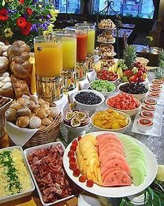 Idée Repas Nombreux : smorgasbord breakfast cuisine petit d jeuner buffet ~ Farleysfitness.com Idées de Décoration