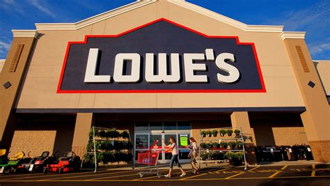 Gun Falls Out Of Man's Pocket Shooting Him In Ankle At Lowe's