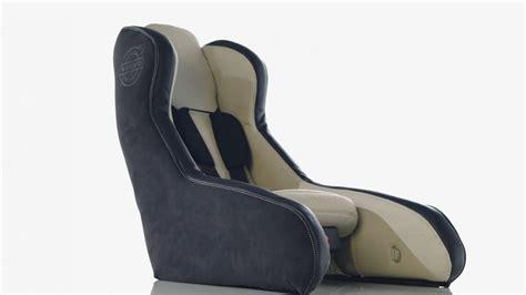 siege auto legislation un concept de siège gonflable pour enfants chez volvo
