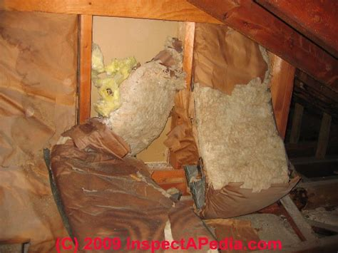 fiberglass insulation air leaks heat loss analysis