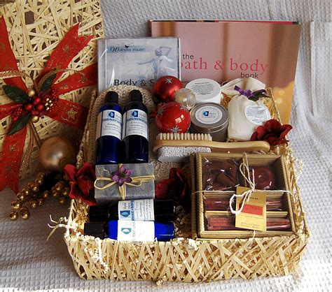 13 gift basket ideas for your great gifts women wellness