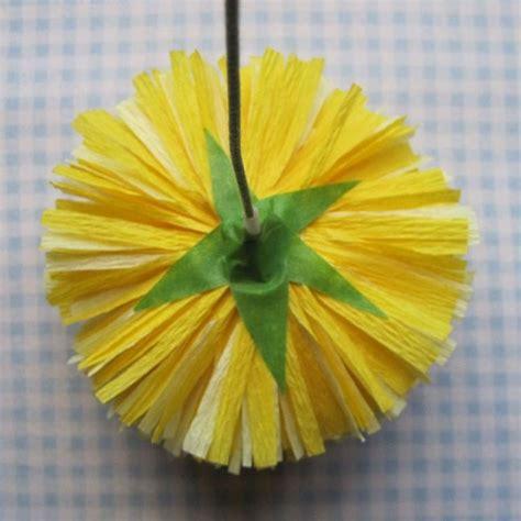 Come realizzare fiori di carta crespa Fiori di carta Fiori di carta crespa