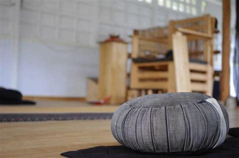 Cuscino Da Meditazione Cuscino Da Meditazione Guida Completa All Acquisto