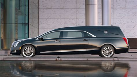 2019 Cadillac Escalade Ext  Car Photos Catalog 2018