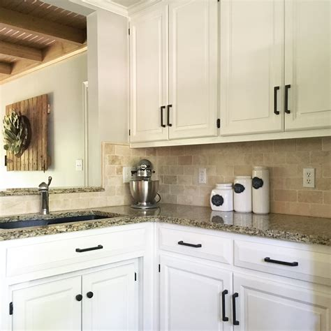 alabaster white kitchen cabinets sherwin williams alabaster white kitchen cabinets 4009