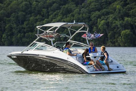 Mini Jet Boat Specs by 2013 Yamaha Ar210 Review Top Speed
