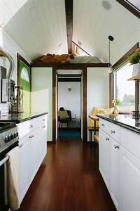 Luxurious small smart homes by Tiny Heirloom : TreeHugger