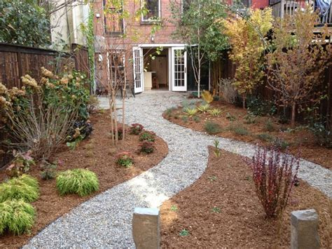 crushed granite landscaping ideas crushed stone garden