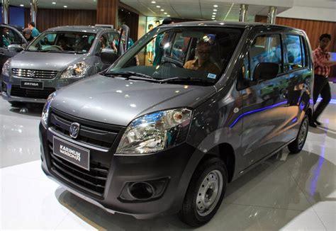 dunia otomotif suzuki karimun wagon  mobil lcgc suzuki