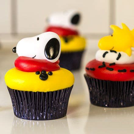 order  cake   local bakery cup cakes snoopy cake
