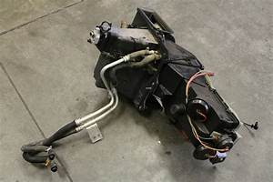 98 Firebird Ls1 5 7l V8 Heater Box W   Blower