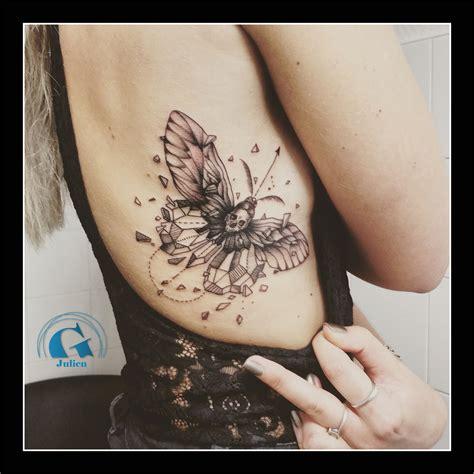 signification tatouage fleur de lotus  papillon tatouage