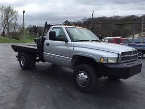 2002 Dodge Ram 3500 4x4 - Cummins 6 Speed