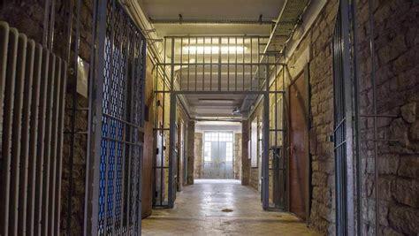 cuisine belfort actu pénitentiaire la prison d 39 angoulême épinglée par l