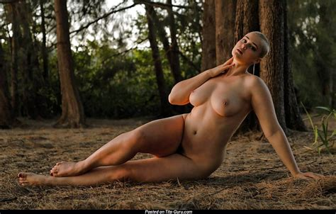 Stefania Ferrario Nude And Lesbian Photos Scandal Planet