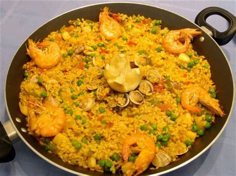 cuisine paella cooking food paella