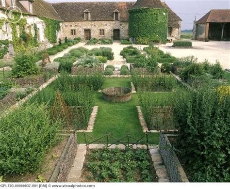 17 Best Images About Medieval Gardens & Farming On