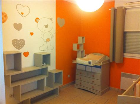 photo déco chambre bébé orange