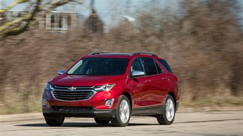 Chevrolet Equinox 15t Awd 2019 Car Review Youtube