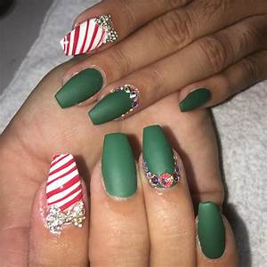 Most beautiful green nail art design ideas